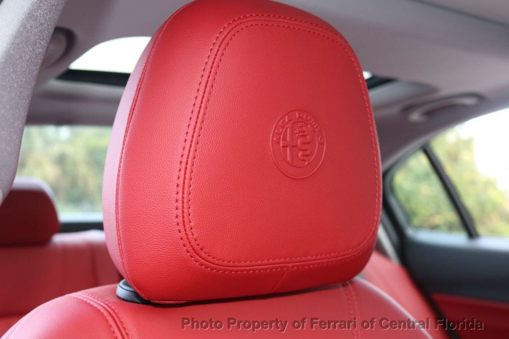 2019 Alfa Romeo Giulia RWD - 18576975 - 27