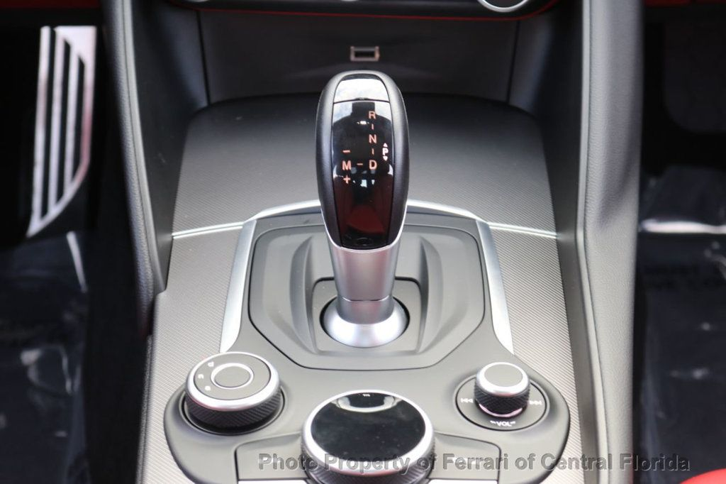 2019 Alfa Romeo Giulia RWD - 18576975 - 5