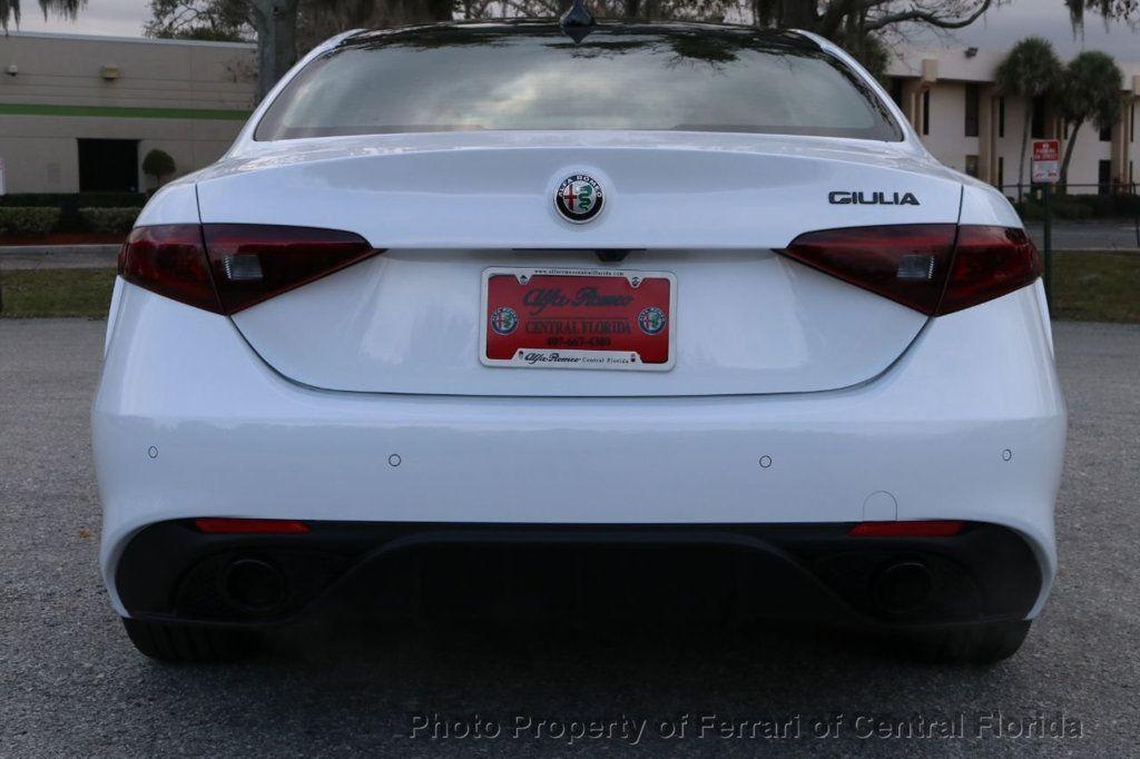 2019 Alfa Romeo Giulia RWD - 18576975 - 7
