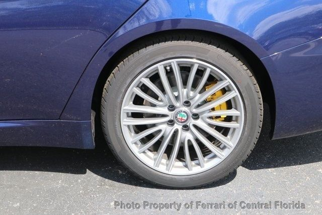 2019 Alfa Romeo Giulia Ti - 18643513 - 12
