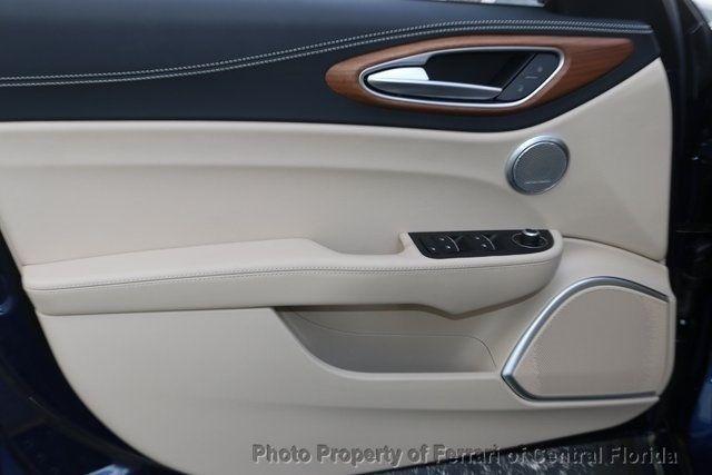2019 Alfa Romeo Giulia Ti - 18643513 - 19