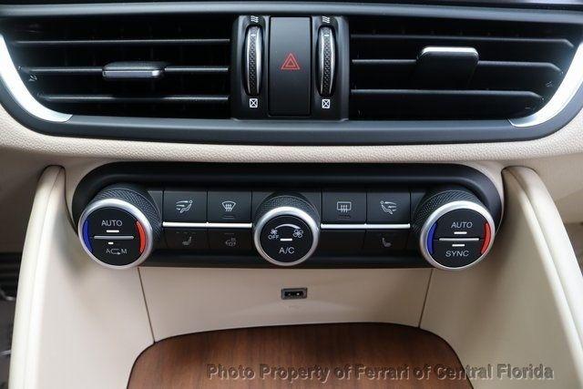 2019 Alfa Romeo Giulia Ti - 18643513 - 37