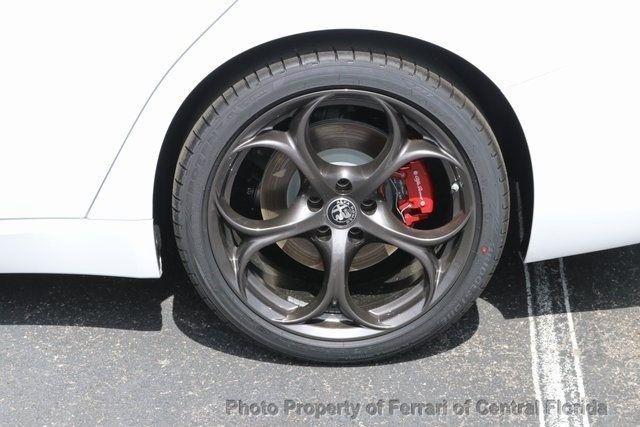 2019 Alfa Romeo Giulia Ti - 18643520 - 12