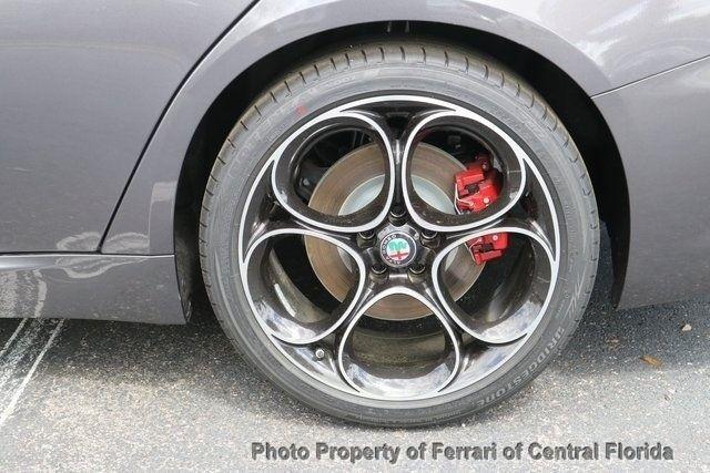 2019 Alfa Romeo Giulia Ti - 18643528 - 13