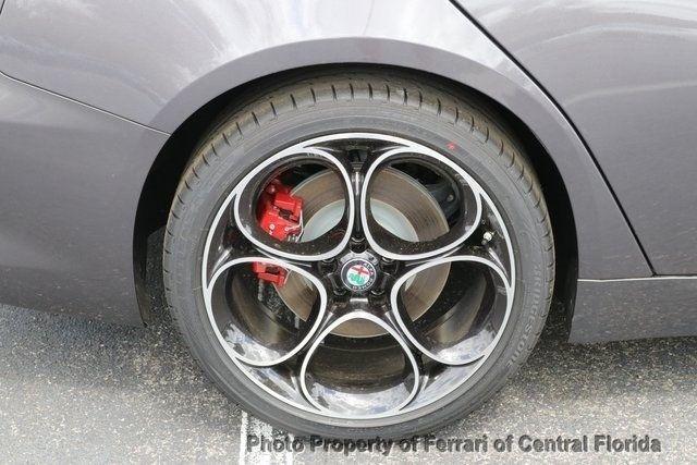 2019 Alfa Romeo Giulia Ti - 18643528 - 16