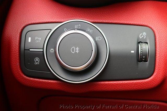 2019 Alfa Romeo Giulia Ti - 18685986 - 24