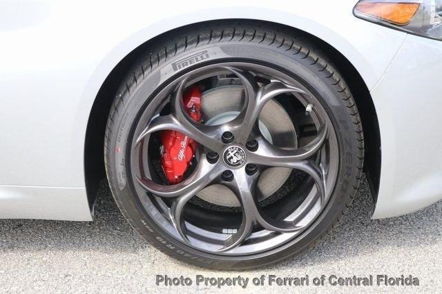 2019 Alfa Romeo Giulia Ti - 18685987 - 13