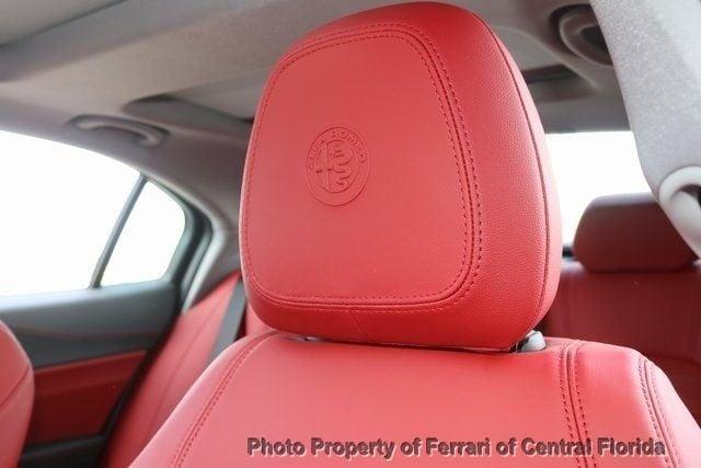 2019 Alfa Romeo Giulia Ti - 18685987 - 17