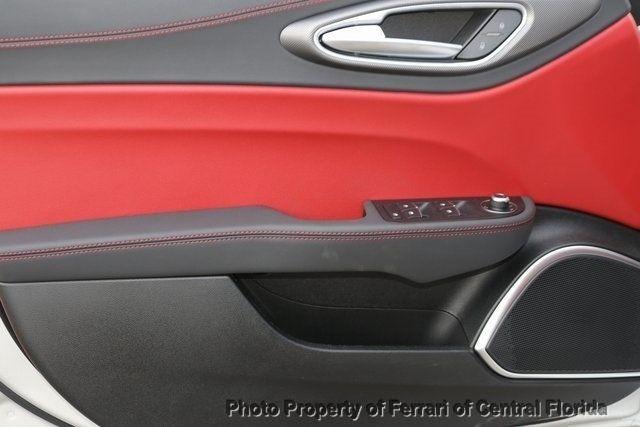 2019 Alfa Romeo Giulia Ti - 18685987 - 19