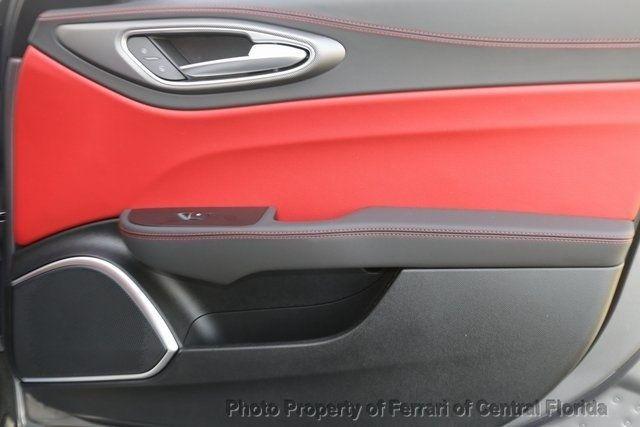 2019 Alfa Romeo Giulia Ti - 18685989 - 29