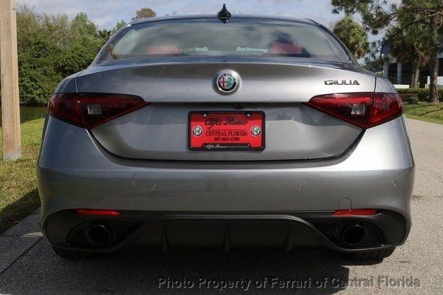 2019 Alfa Romeo Giulia Ti - 18685989 - 7