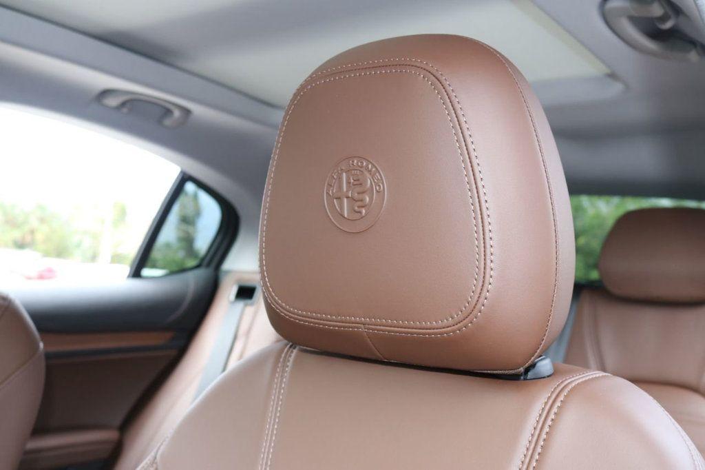 2019 Alfa Romeo Stelvio  - 18578643 - 18