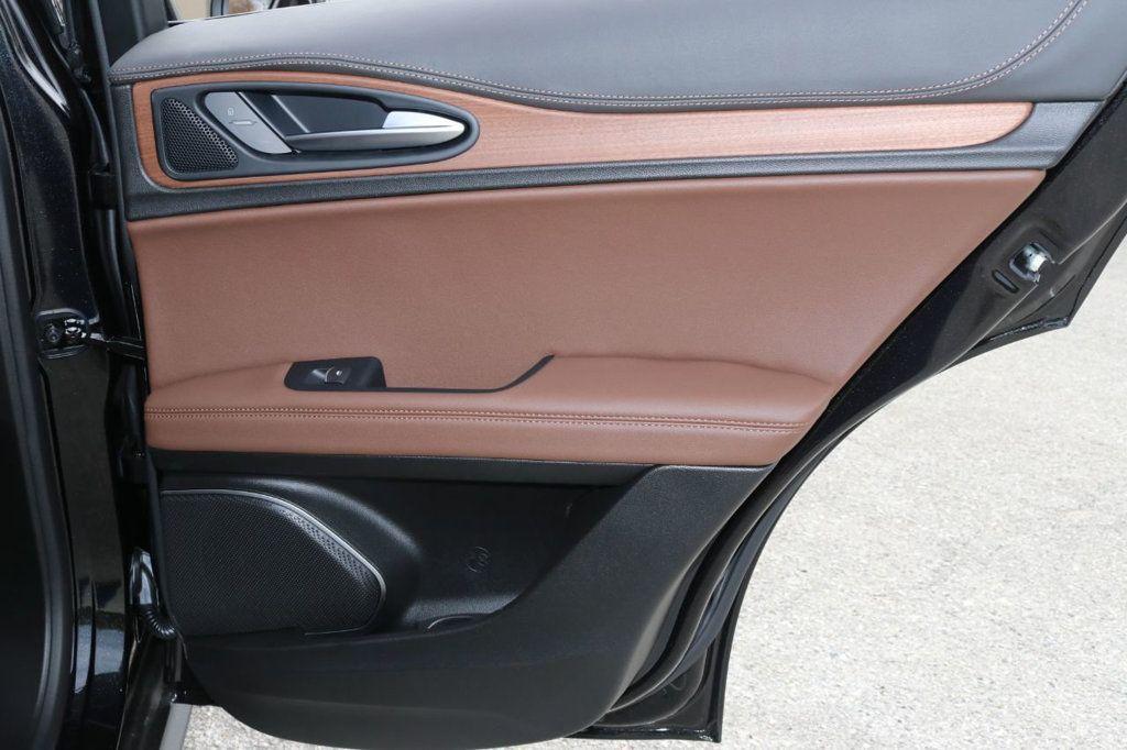 2019 Alfa Romeo Stelvio  - 18578643 - 28