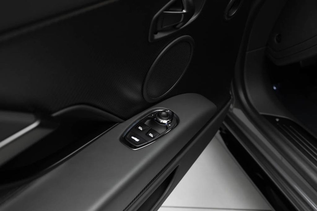 2019 Aston Martin DB11 AMR  - 18169795 - 21