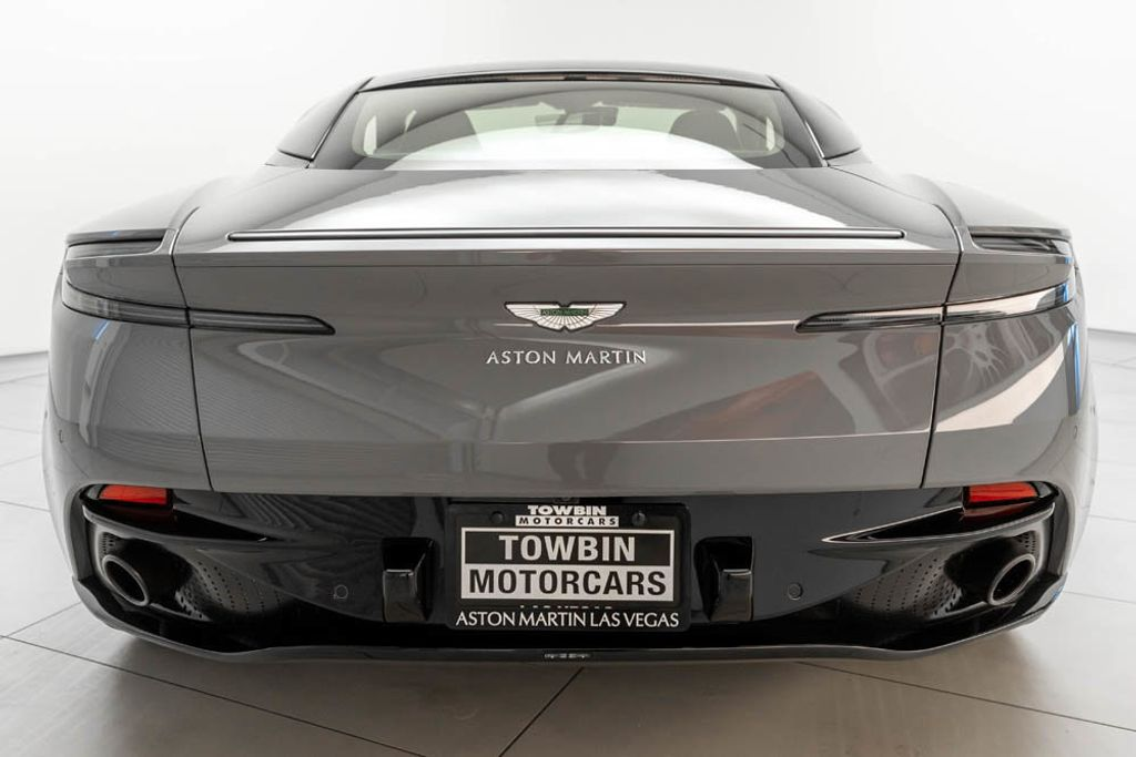 2019 Aston Martin DB11 AMR  - 18169795 - 5