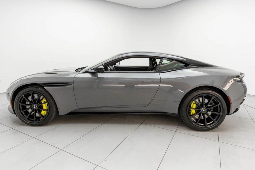 2019 Aston Martin DB11 AMR  - 18169795 - 7