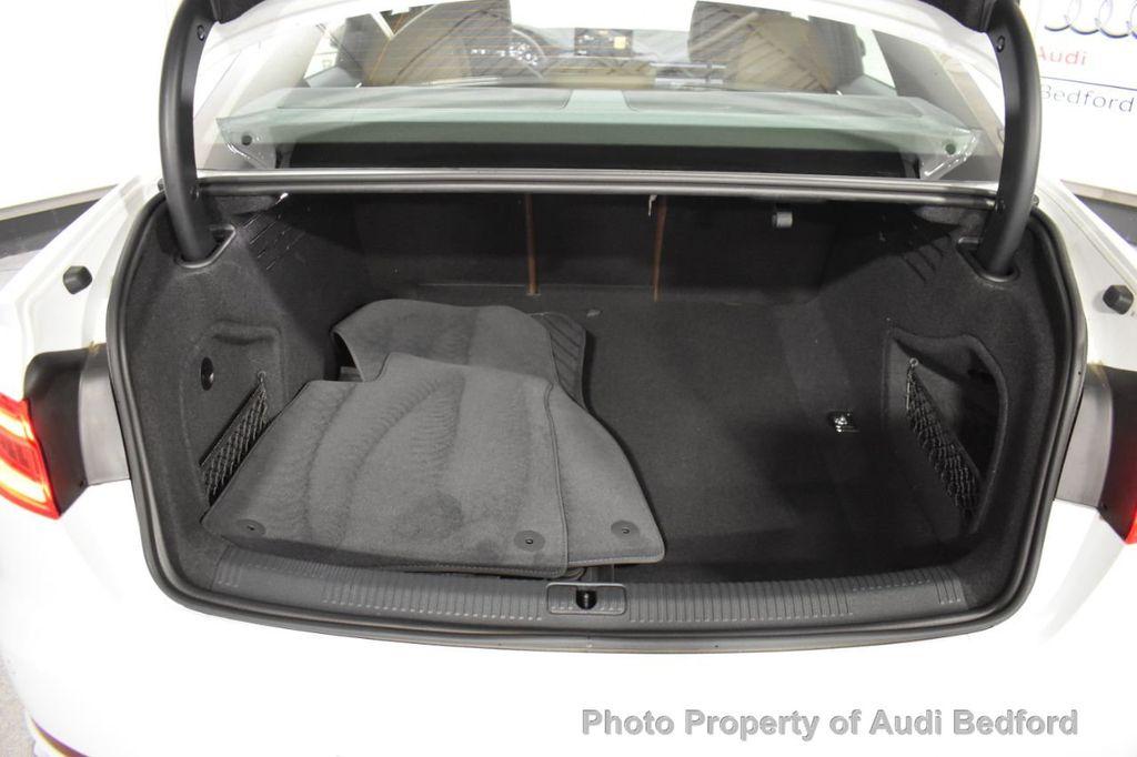 2019 Audi A4 2.0 TFSI Premium Plus S Tronic quattro AWD - 18435113 - 11