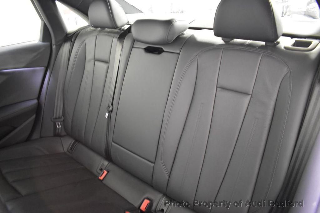 2019 Audi A4 2.0 TFSI Premium Plus S Tronic quattro AWD - 18476448 - 24