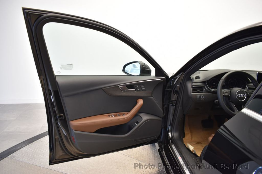 2019 Audi A4 2.0 TFSI Premium Plus S Tronic quattro AWD - 18930825 - 16