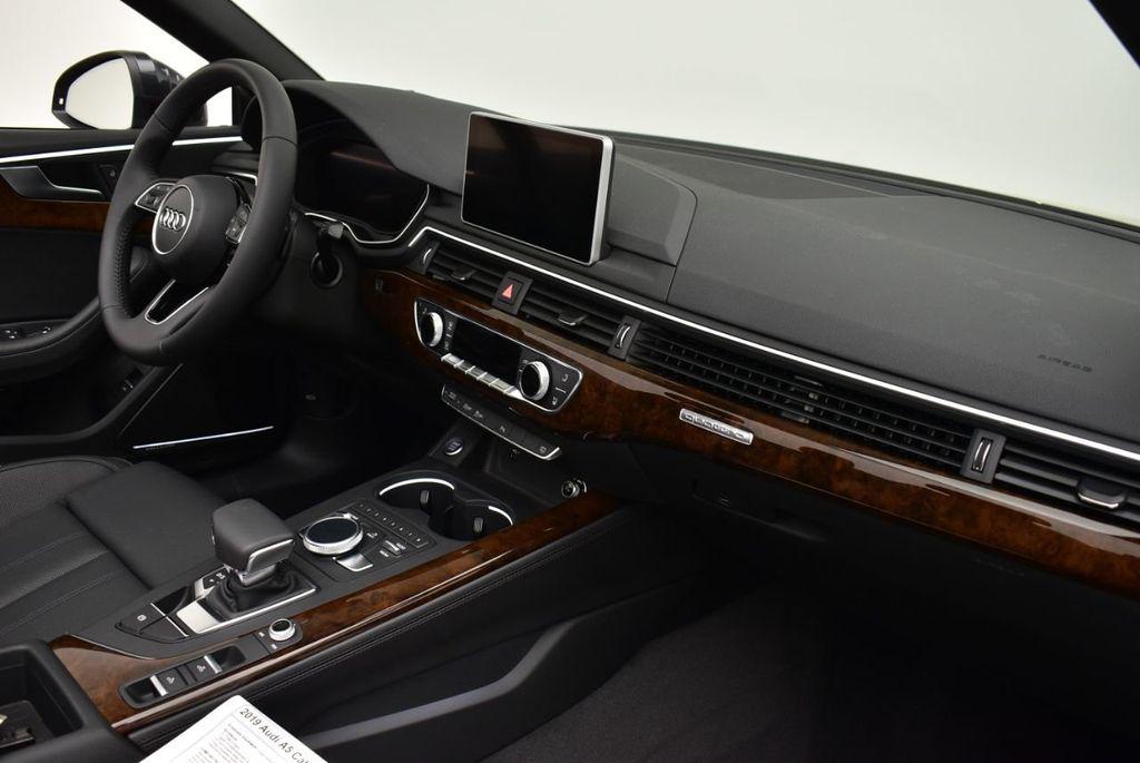 2019 Audi A5 Cabriolet 2.0 TFSI Premium Plus - 18846602 - 11