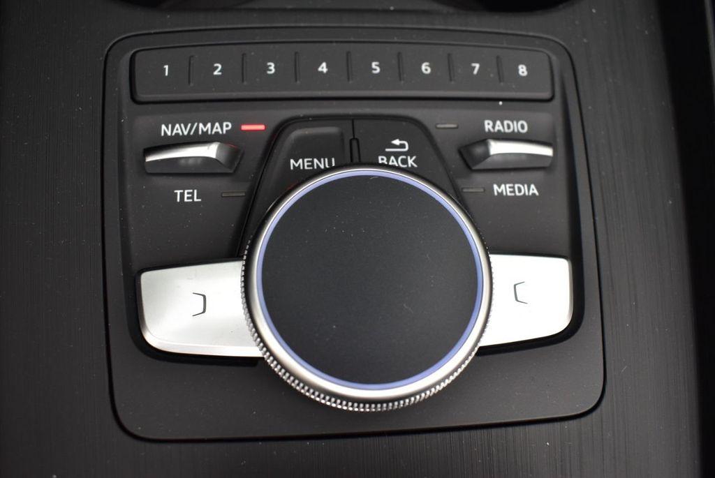 2019 Audi A5 Cabriolet 2.0 TFSI Premium Plus - 18846602 - 32