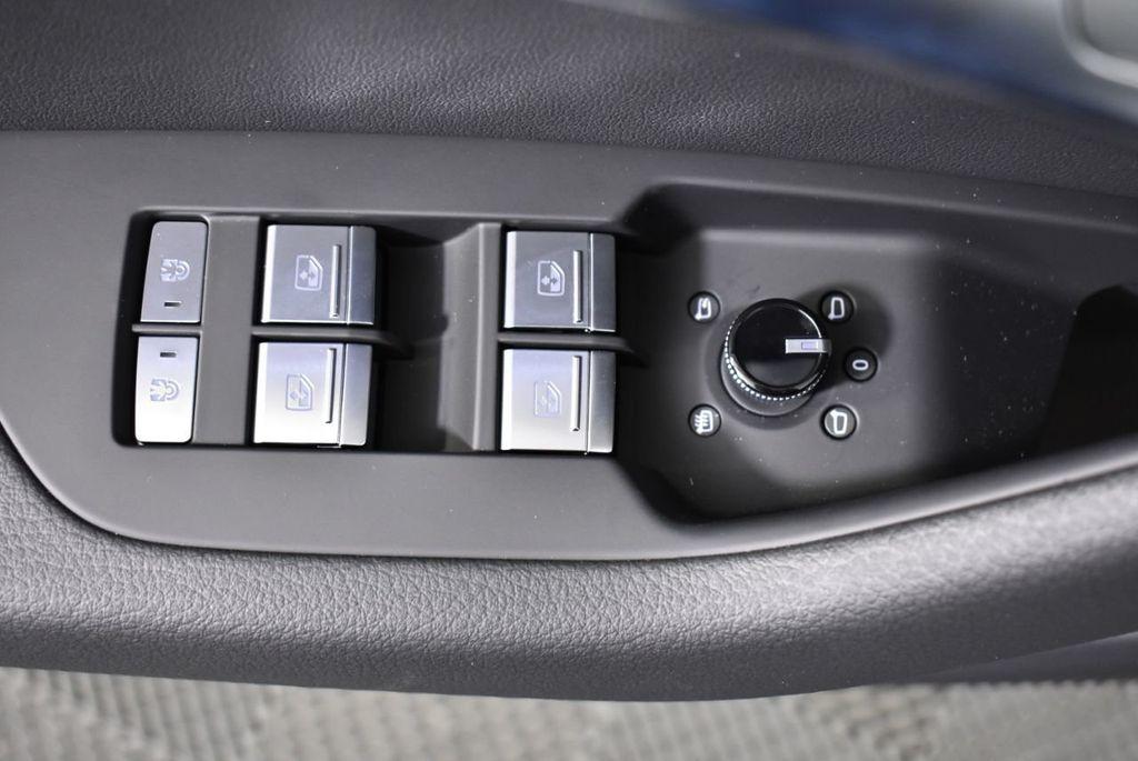 2019 Audi A6 3.0 TFSI Premium quattro AWD - 18295073 - 24