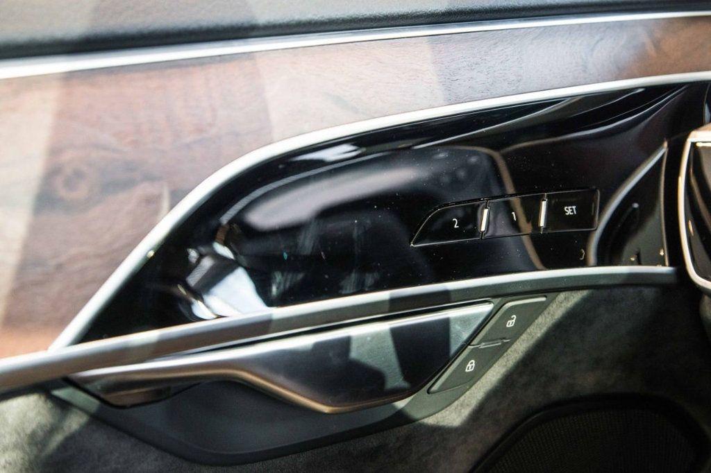 2019 Audi A8 L 3.0 4DR SDN 3.0 TFSI - 18926259 - 23