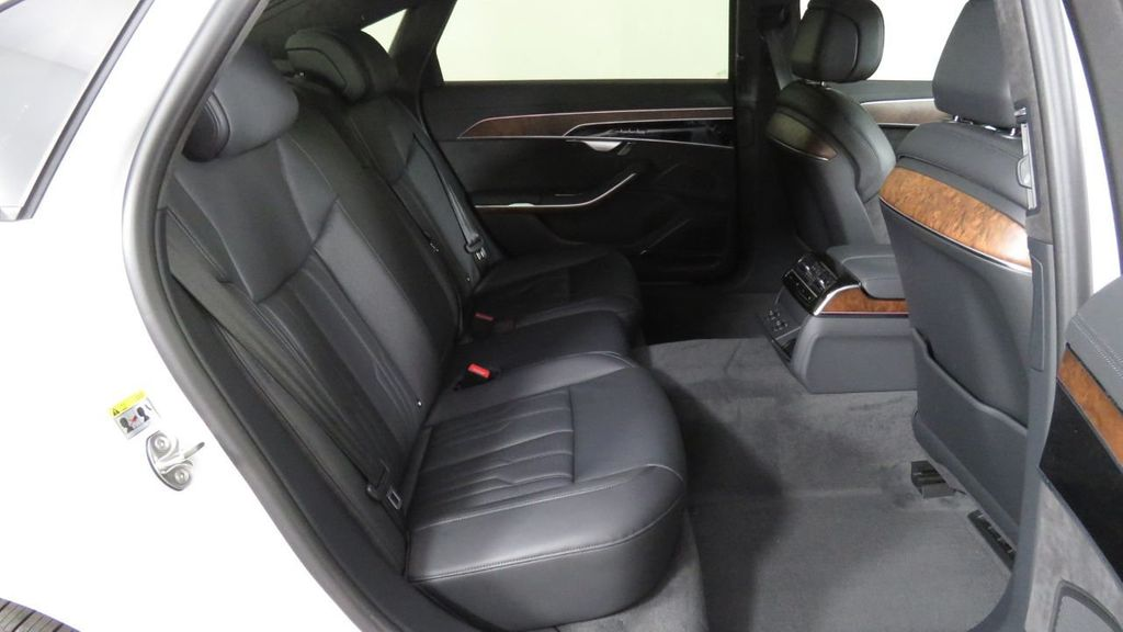 2019 Audi A8 L 3.0 TFSI - 18388967 - 25