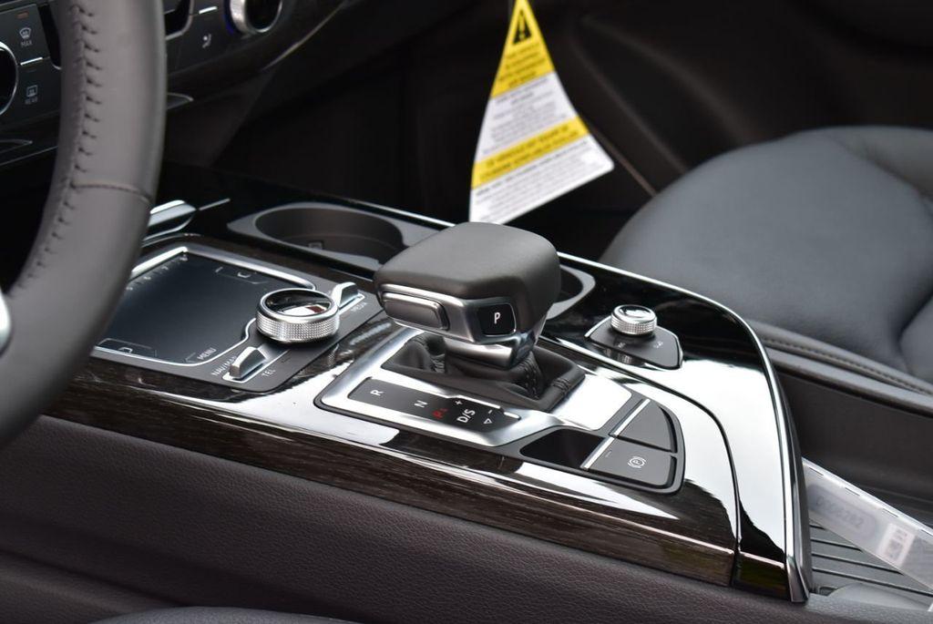 2019 Audi Q7 3.0 TFSI Premium Plus - 18410651 - 22
