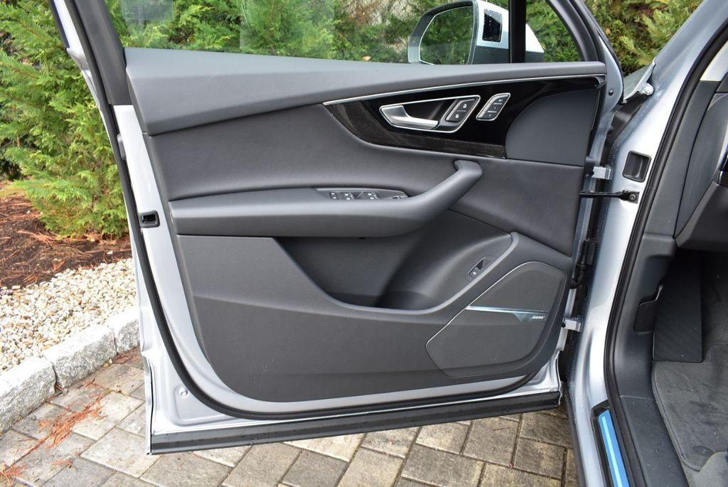 2019 Audi Q7 3.0 TFSI Premium Plus - 18410651 - 24