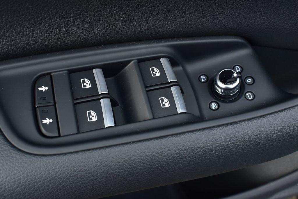 2019 Audi Q7 3.0 TFSI Premium Plus - 18410651 - 26
