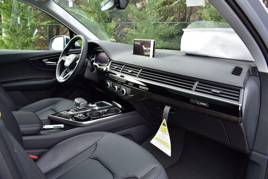 2019 Audi Q7 3.0 TFSI Premium Plus - 18410651 - 30