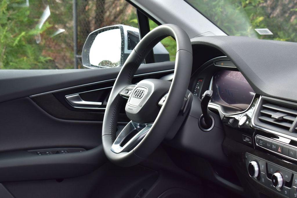 2019 Audi Q7 3.0 TFSI Premium Plus - 18410651 - 31