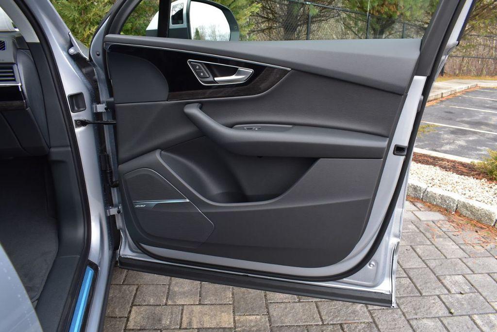 2019 Audi Q7 3.0 TFSI Premium Plus - 18410651 - 36