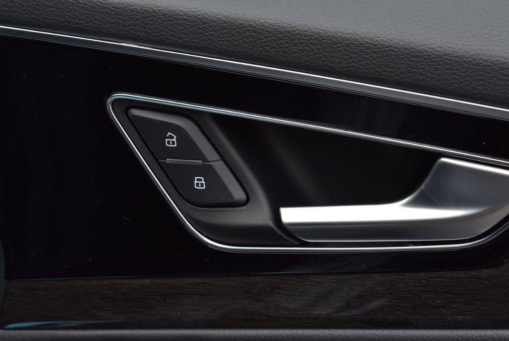 2019 Audi Q7 3.0 TFSI Premium Plus - 18410651 - 37