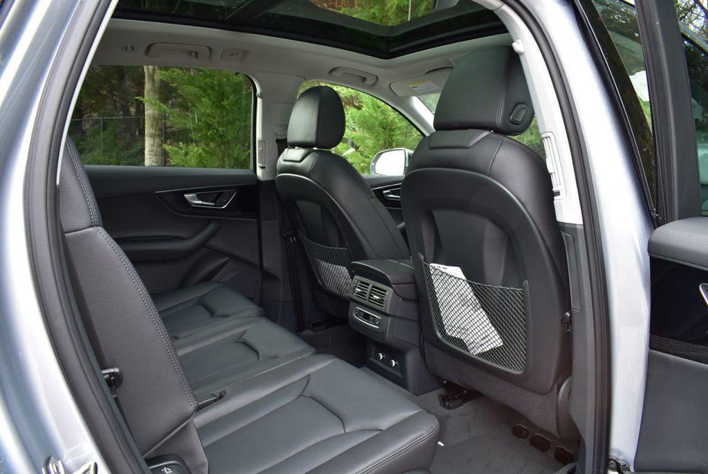 2019 Audi Q7 3.0 TFSI Premium Plus - 18410651 - 38
