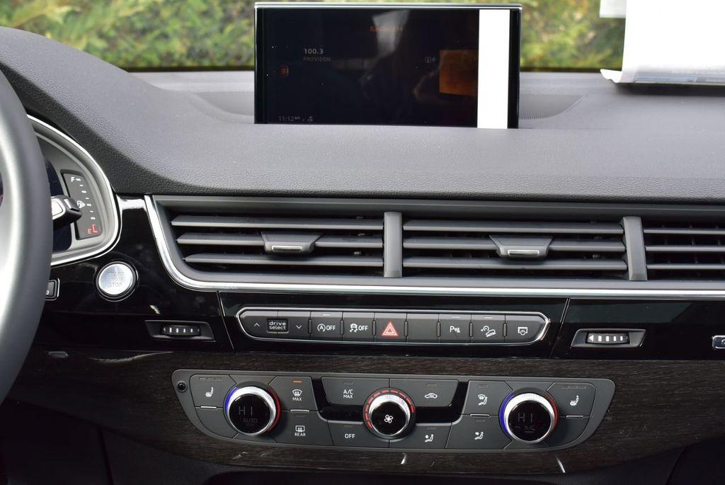 2019 Audi Q7 3.0 TFSI Premium Plus - 18410651 - 42