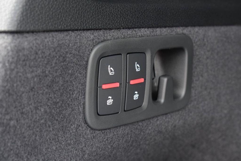 2019 Audi Q7 3.0 TFSI Premium Plus - 18410651 - 56