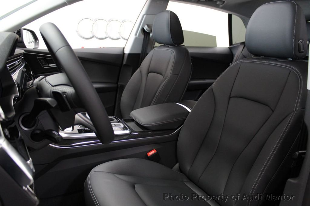 2019 Audi Q8 3.0 TFSI Premium - 18789056 - 9
