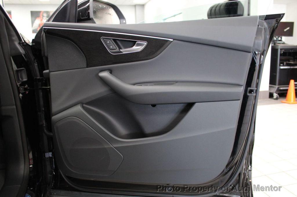 2019 Audi Q8 3.0 TFSI Premium - 18789056 - 35