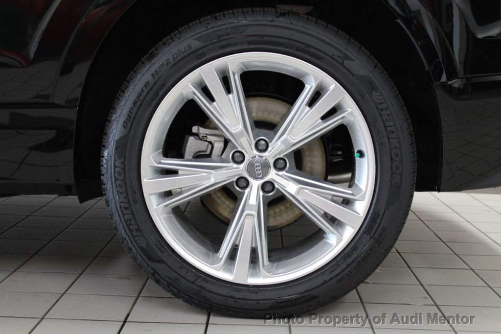 2019 Audi Q8 3.0 TFSI Premium - 18789056 - 4