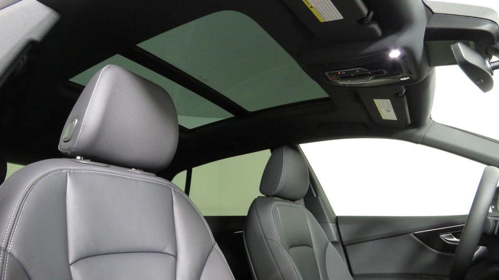 2019 Audi Q8 3.0 TFSI Premium - 18548915 - 19