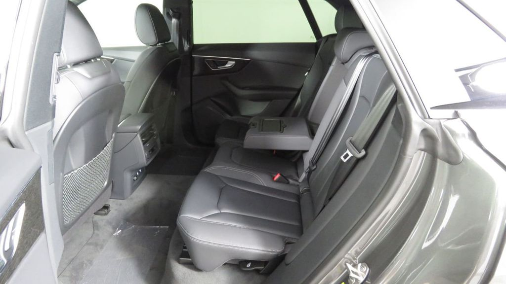 2019 Audi Q8 3.0 TFSI Premium - 18548915 - 22