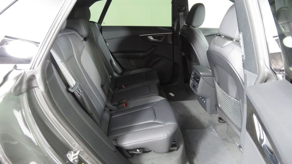 2019 Audi Q8 3.0 TFSI Premium - 18548915 - 23