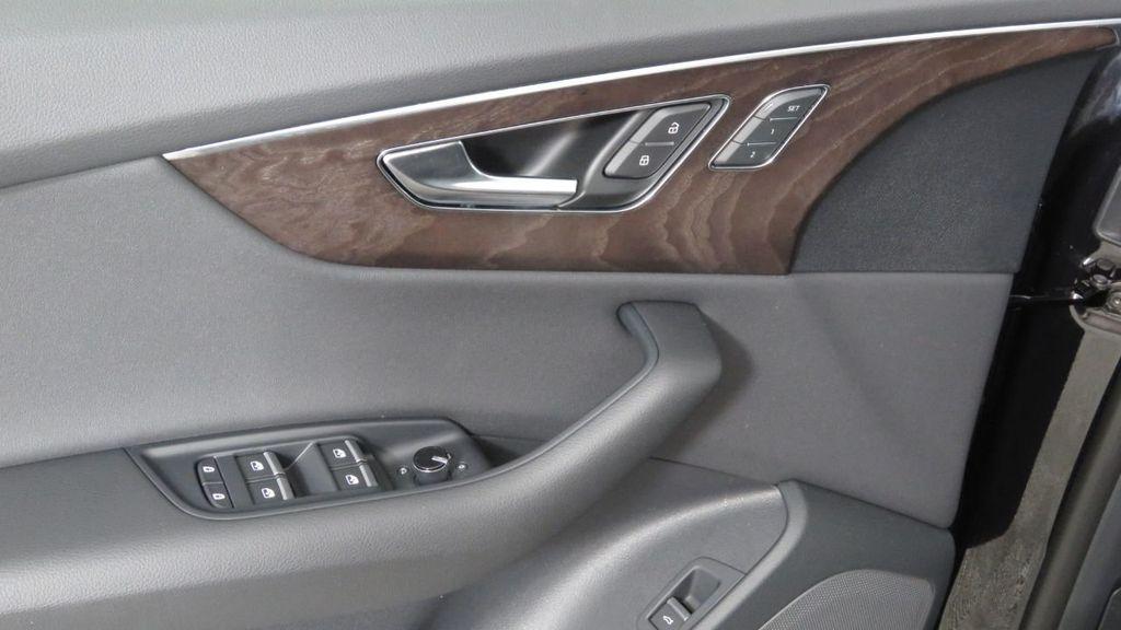 2019 Audi Q8 3.0 TFSI Premium - 18577293 - 23