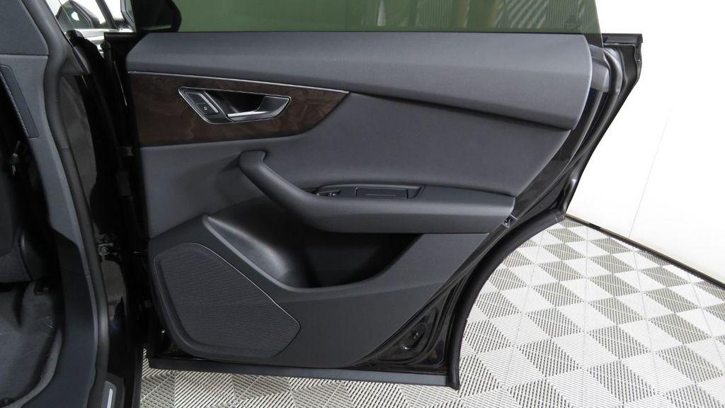 2019 Audi Q8 3.0 TFSI Premium - 18577293 - 27