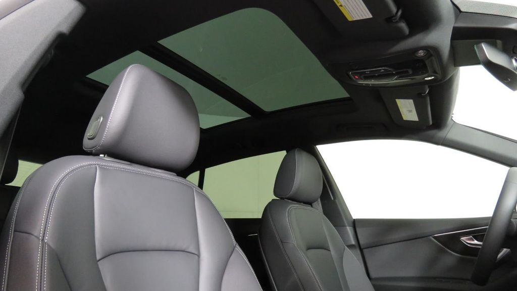 2019 Audi Q8 3.0 TFSI Premium - 18631761 - 21