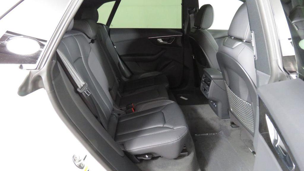 2019 Audi Q8 3.0 TFSI Premium - 18631761 - 25