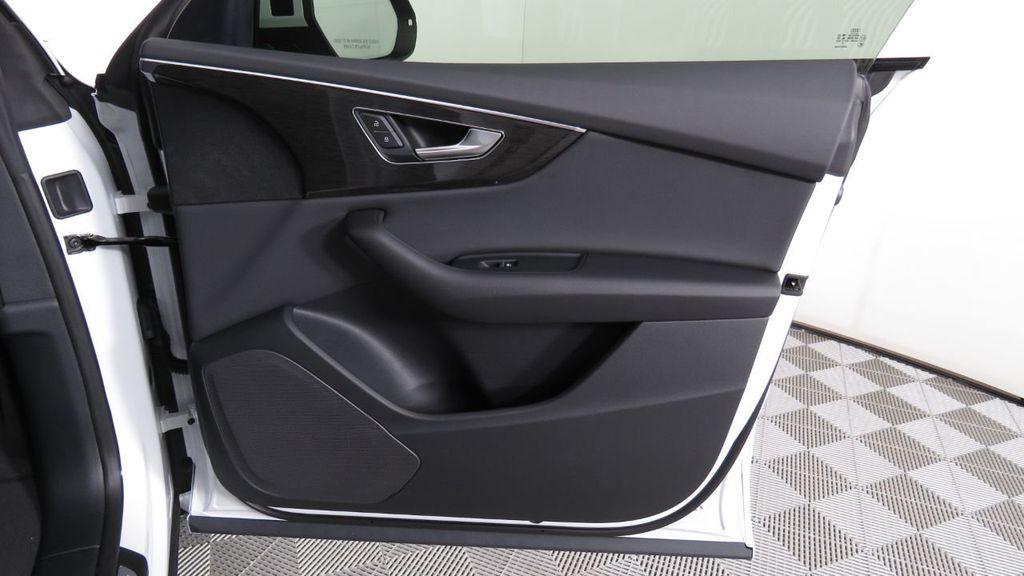 2019 Audi Q8 3.0 TFSI Premium - 18631761 - 28