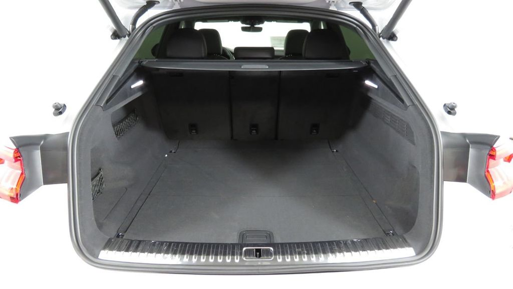 2019 Audi Q8 3.0 TFSI Premium - 18631761 - 31